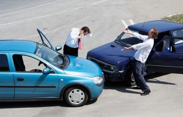 ¿Qué pasa si tengo un accidente y el conductor contrario no tiene seguro?